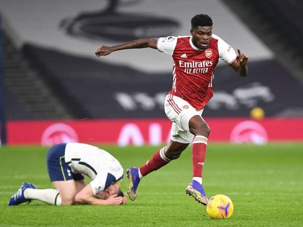 Tin thể thao tối 11/12: Arsenal toàn thắng ở vòng bảng Europa League