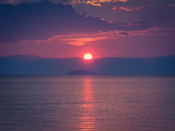Mơ thấy mặt trời điềm báo hung hay cát?