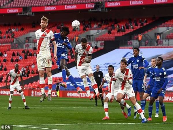 Bóng đá QT 19/4: Leicester hẹn Chelsea tại chung kết FA Cup